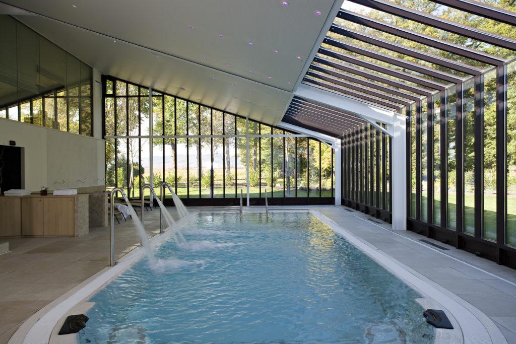 Un séminaire avec piscine