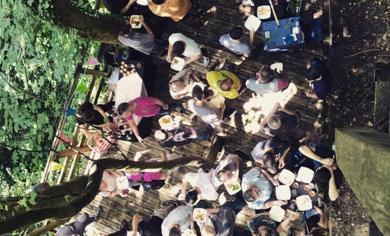 Un séminaire dans une cabane dans les arbres